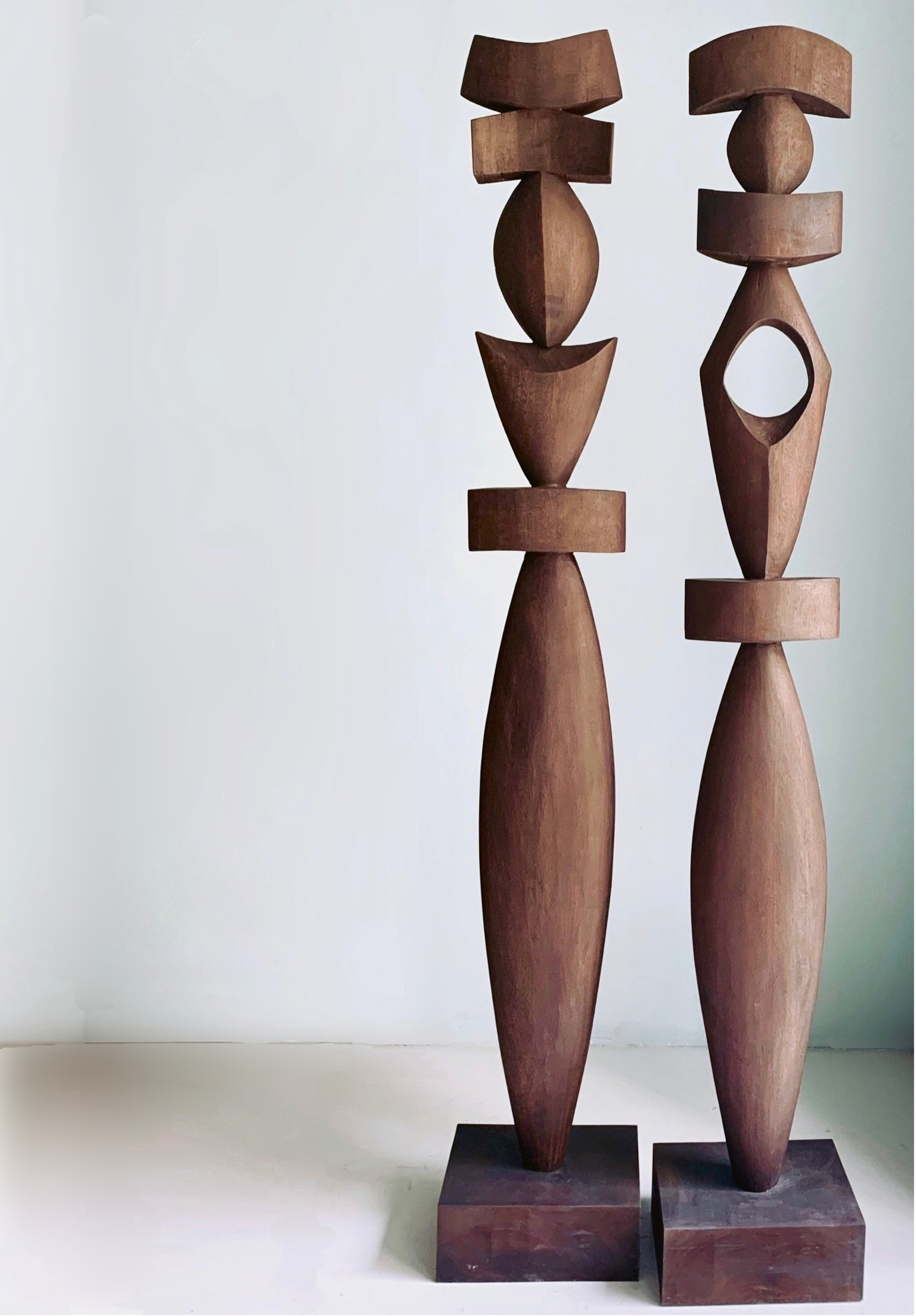 bertrand-creach-1980-modern-sculpture-teck-idole-home-decor-interior-design-contemporary-20thcentury